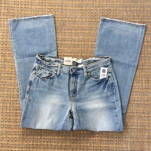 NWT GAP Low Rise Boot Cut Jeans Size 10